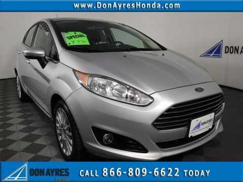 Pre-Owned 2015 Ford Fiesta Titanium